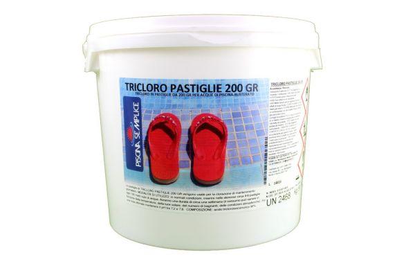 Tricloro per piscina in pastiglie da 200gr secchiello 5kg Lapi chimici