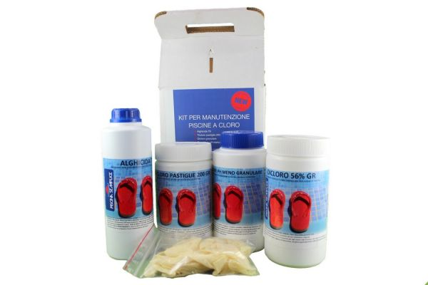 Kit 4 prodotti manutenzione piscine a cloro Lapi Chimici